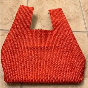 Small Coral straw bag